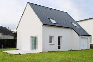 maison traditionnelle double pente ardoise